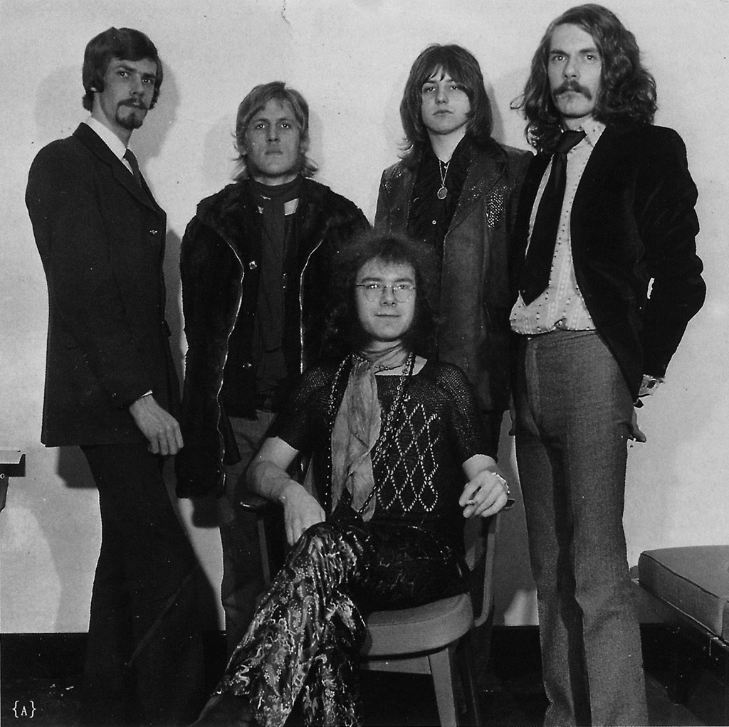 King-Crimson-TOTP.-L-R-Peter-Giles-Keith